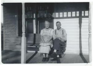 RettHouse_Grandmapa_circa1940s